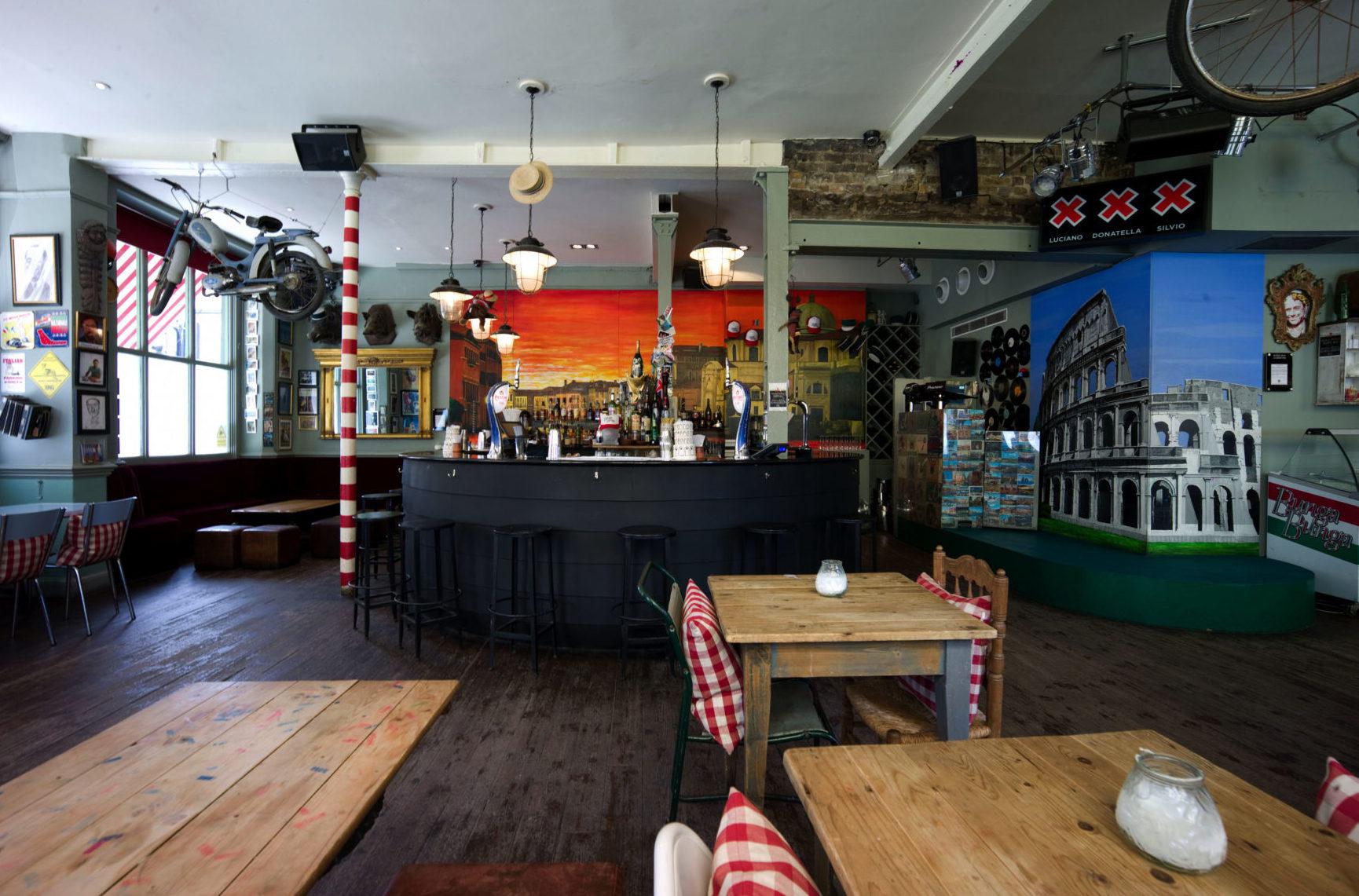 Battersea - Italian bar